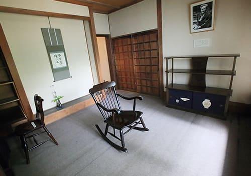 日本民藝館より移築した柳の元館長室(第1民芸館内)