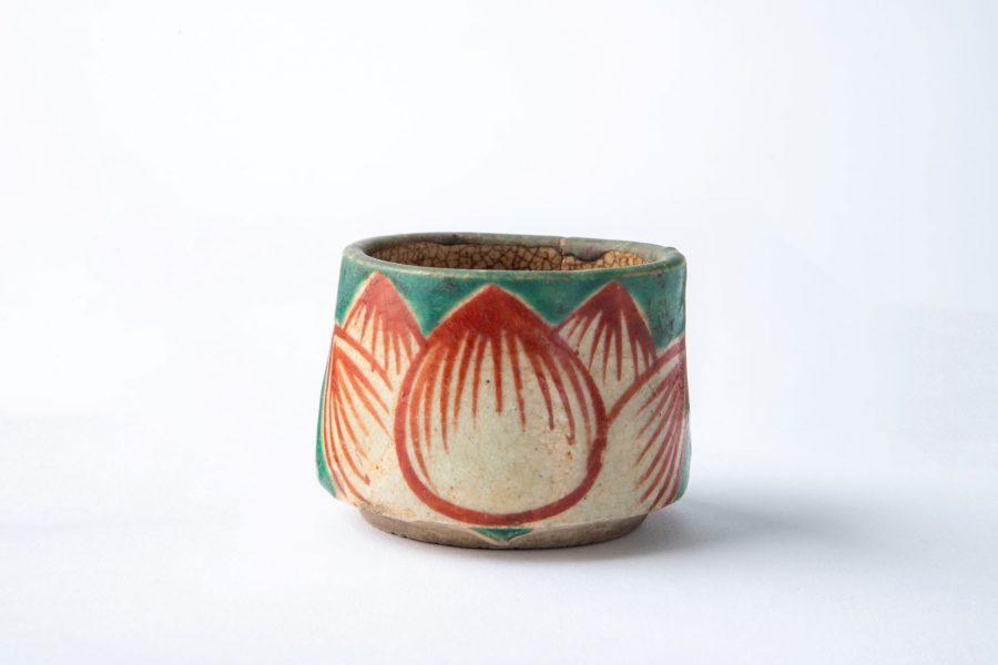 【6月12日(土)・13日(日)限定】茶室・勘桜亭で企画展「植物文様の民芸」の展示品をイメージした和菓子をお出しします。